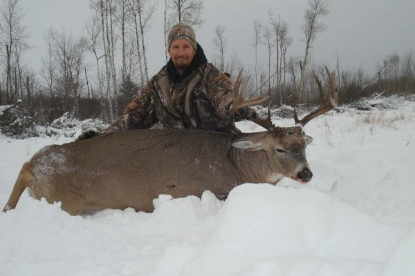 Big body 5×5 whitetail buck at Elusive Saskatchewan Whitetail Outfitter